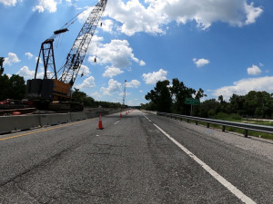 Eastbound lanes of SR 50 with bridge work in the median at the Withlacoochee River (7/17/20 photo)