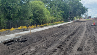New sidewalk along SR 60 - July 2020
