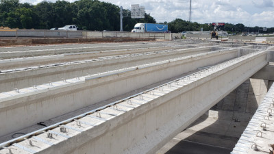 I-75 northbound over Woodberry Rd, preparing for deck pour - July 2020