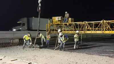 I-75 northbound deck pour, over Woodberry Rd - July 2020