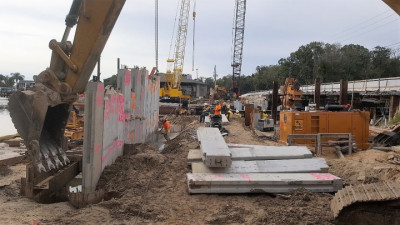 Halls River Bridge Cutting Concrete Sheet Pile Panels Nov 2018